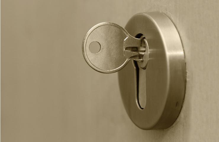 鍵が折れた! 原因は「破損」と「不適切な力」です